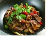 山寨干锅带皮牛肉